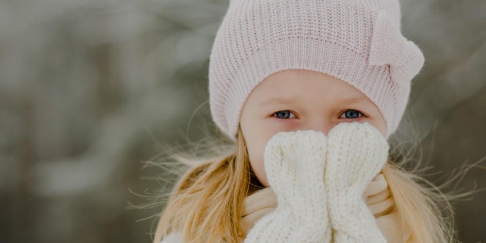 Zimowa sesja dziecięca Karolinki
